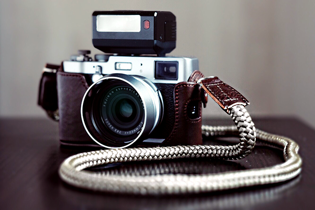fujifilm x100t with lieutenant olive handmade camera strap from sailor strap