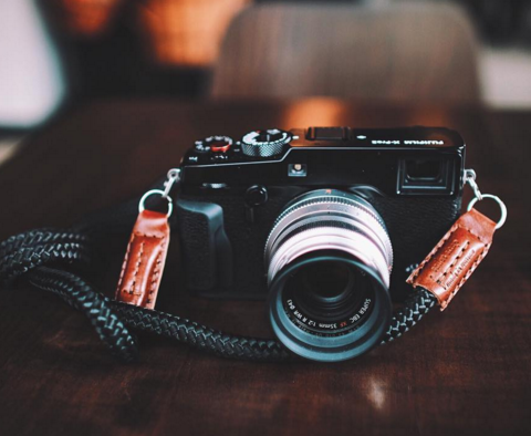 X-pro2 equipped with sailor strap's LT.Cognac handmade camera strap